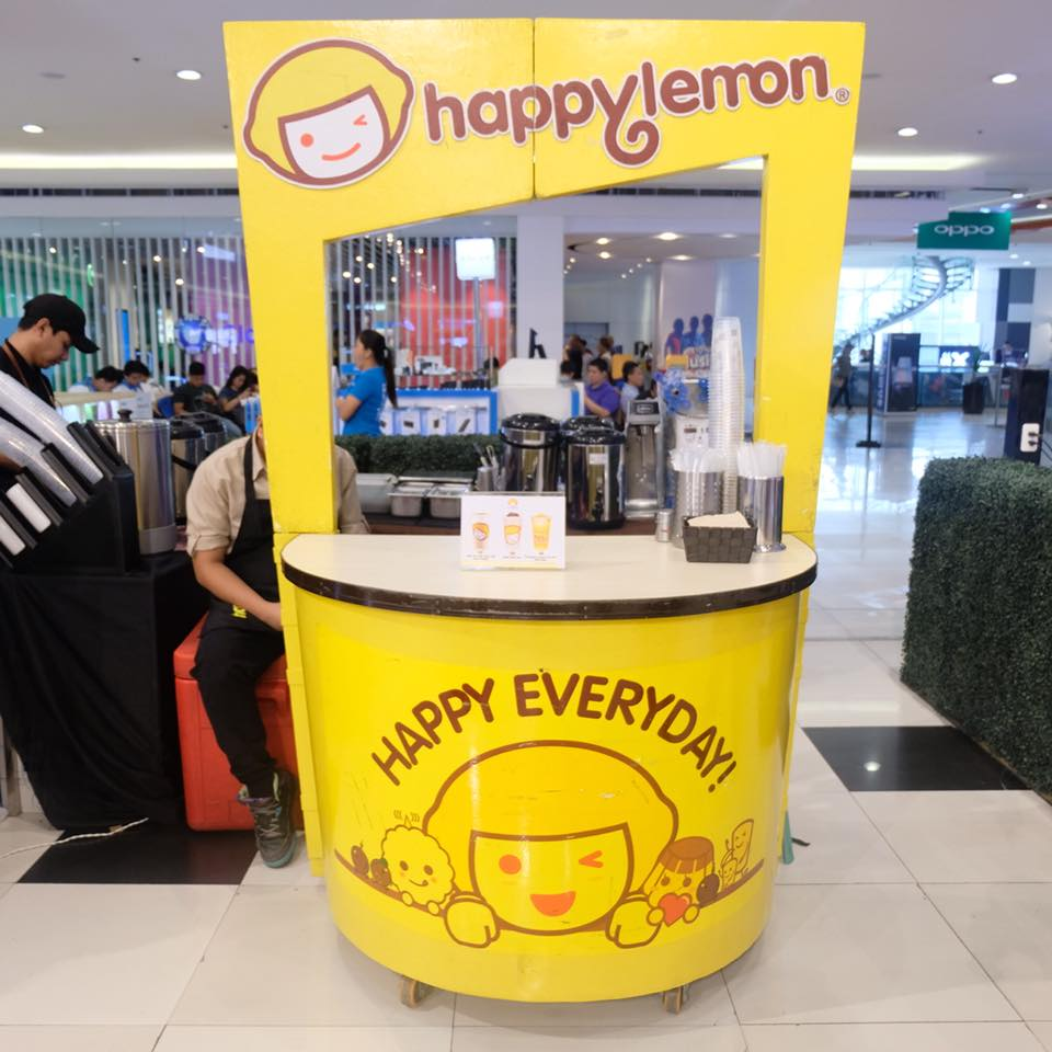 milk tea party at sm north edsa happy lemon